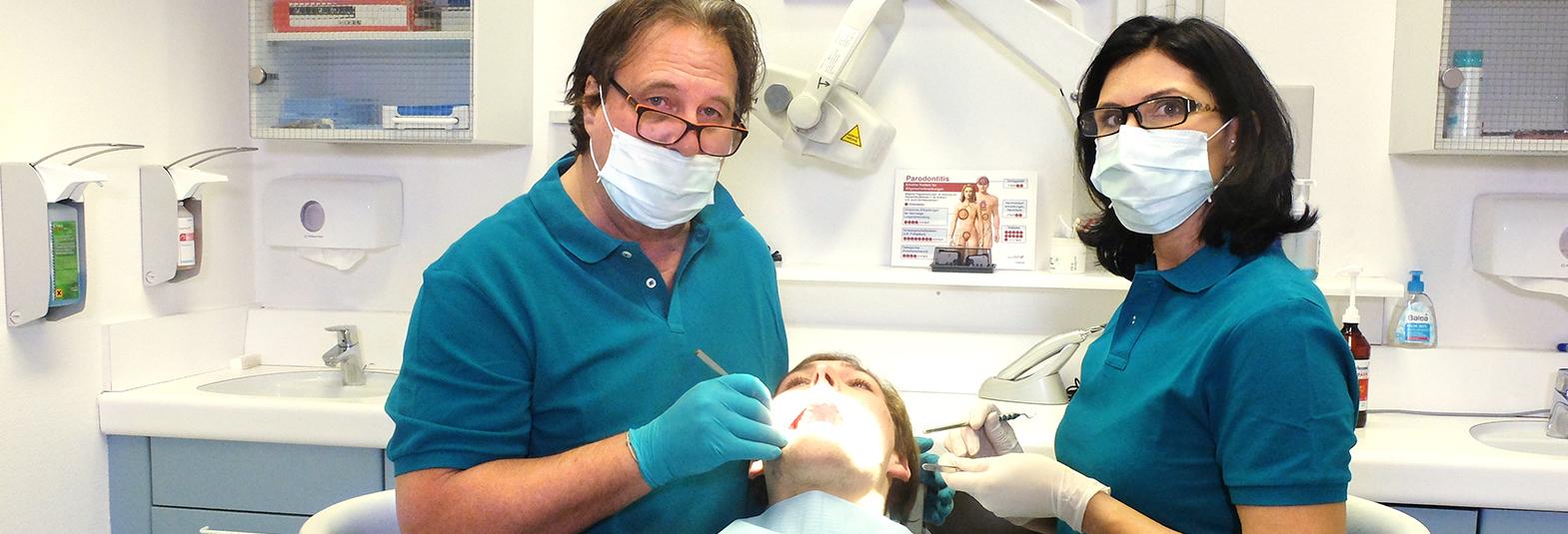 Zahnarzt Herrmann Behandlung